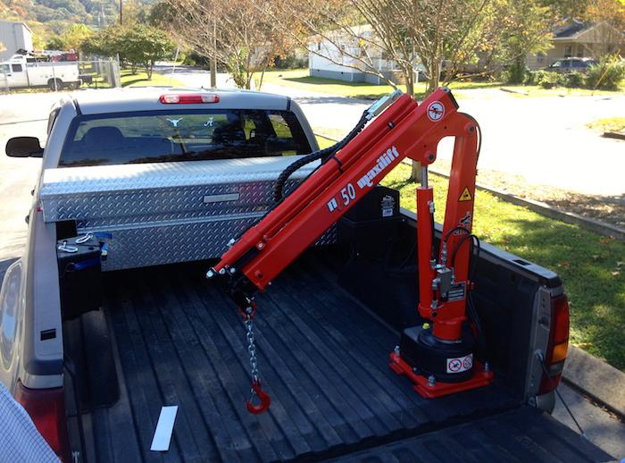 Ag Service Equipment | Farm Service Trucks | Custom