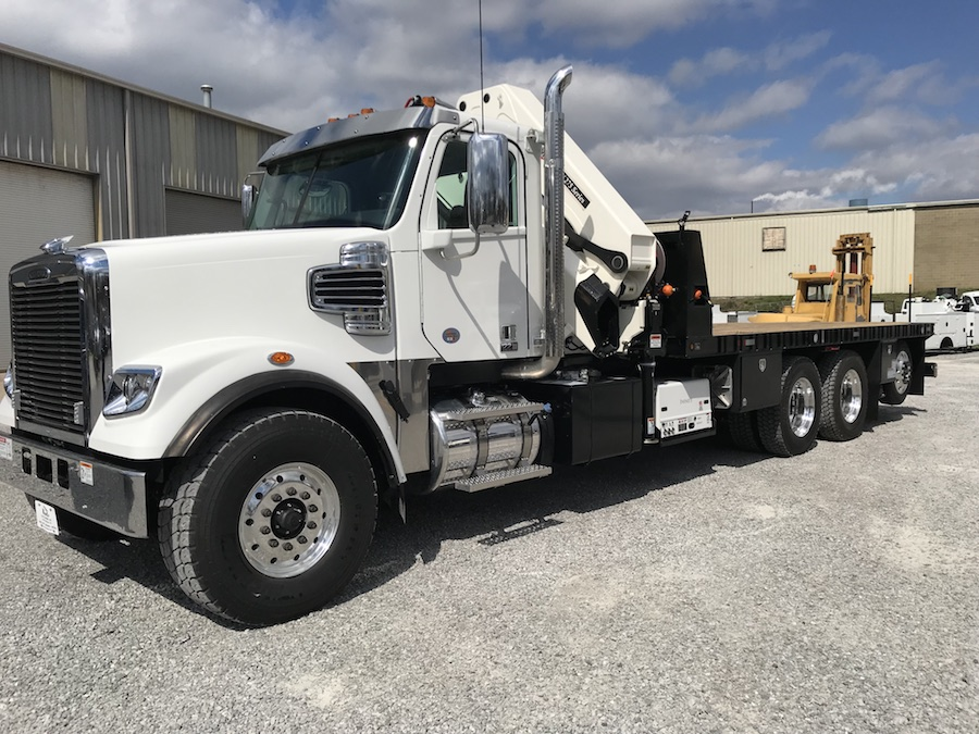 NFE Custom Flatbed w/ IMT 40/275 Knuckleboom